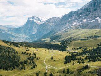 Packlista för dagsvandring i Alperna